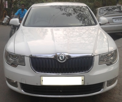 SKODA SUPERB ELEGANCE MT;MODEL 03/2011, KM 178757, COLOUR CANDY WHITE , FUEL PETROL, EXCELLENT FEATURES, VERY GOOD CONDITION AND PERFECT SHOW ROOM TAG. - by Nani Used Cars, Hyderabad