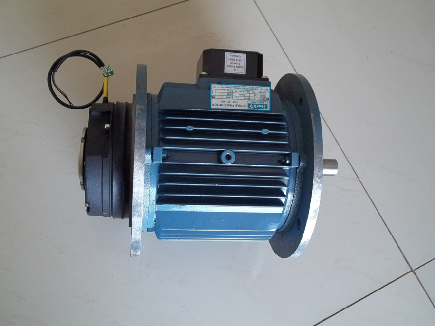 Construction Lift Motor With Brake. 200 KG,  1.5 Hp, 2 Hp, 3 Hp, We Have Single Phase & Three Phase Motor.