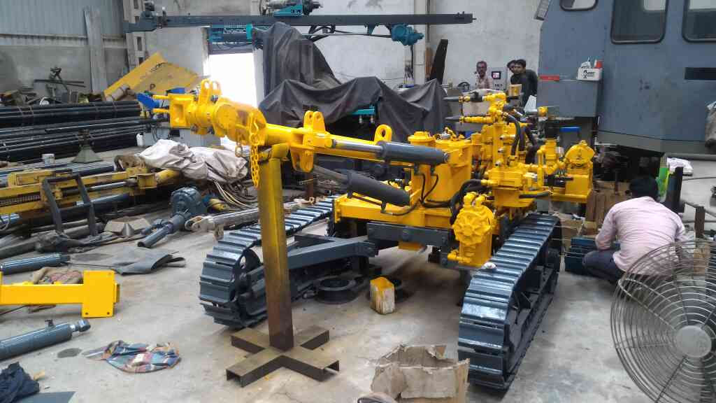 Crawler Drilling Machine   We are well known for our quality also available in customized   plz contact  Mr. Sarvjeet Dayal +91 9328076289