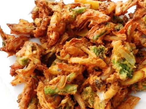 taste with healthy tradition with MIX VEG PAKODA at lucknow aliganj kapoorthala