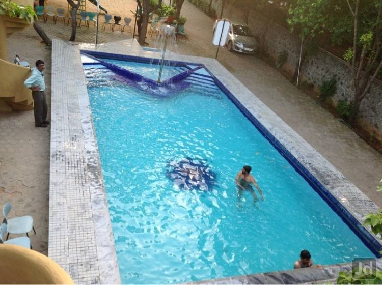 Swimming & Relaxation Area