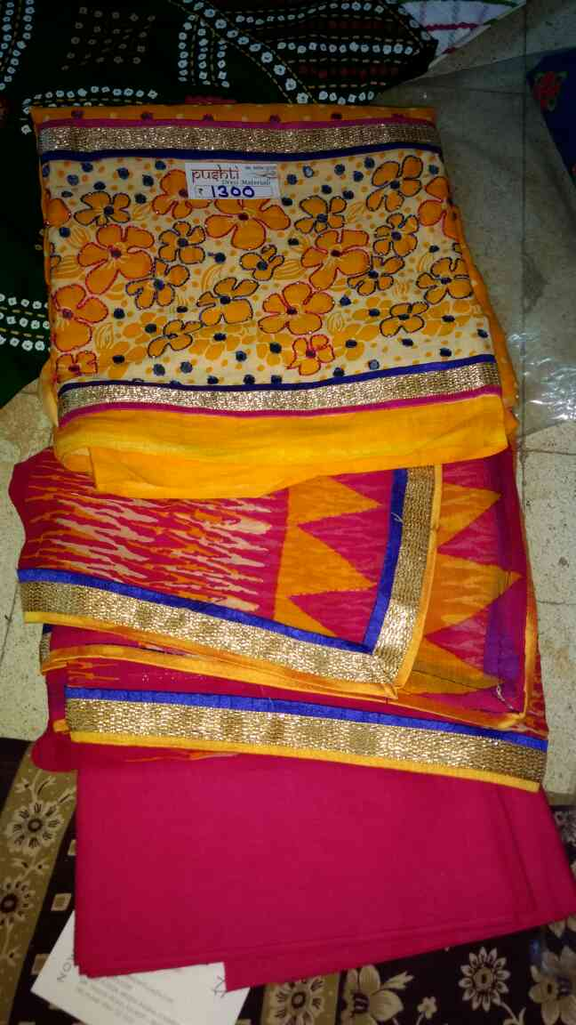 We are Dresses Suppliers in Rajkot. We have variety of dresses like sahiba, rasgulla, patola etc.  We are supplying in Surat, Mumbai