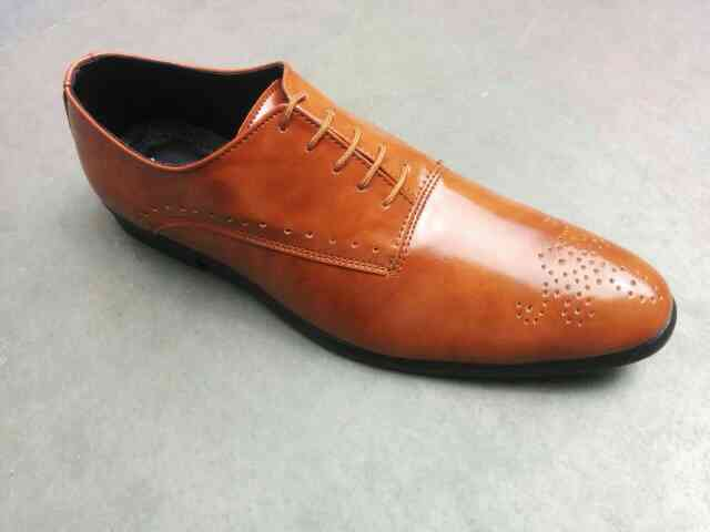 premium quality leather shoes manufacturer.
