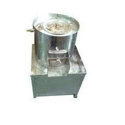 Owing to our skilled team of professionals, we have emerged as a renowned manufacture and supplier of highly functionalPotato Peeler Machine. It is available in various technical specifications and can be installed easily. The offered machine is used for peeling potato and manufactured using supreme class components and cutting-edge technology. Our precious clients can avail this machine at industry-leading prices.  Potato Peeler Machine manufacturer in vadodara Gujarat  Potato Peeler Machine manufacturer in surat Gujarat  Potato Peeler Machine manufacturer in bharuch Gujarat  Potato Peeler Machine manufacturer Gujarat india