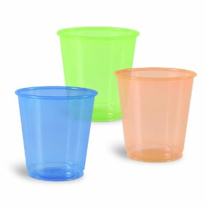 Manufacturer of disposable colored cups. you can use this cups to overcome the old school product presentation and make you product more attractive and also improve the surrounding ambience with this colourfull cups in dubai