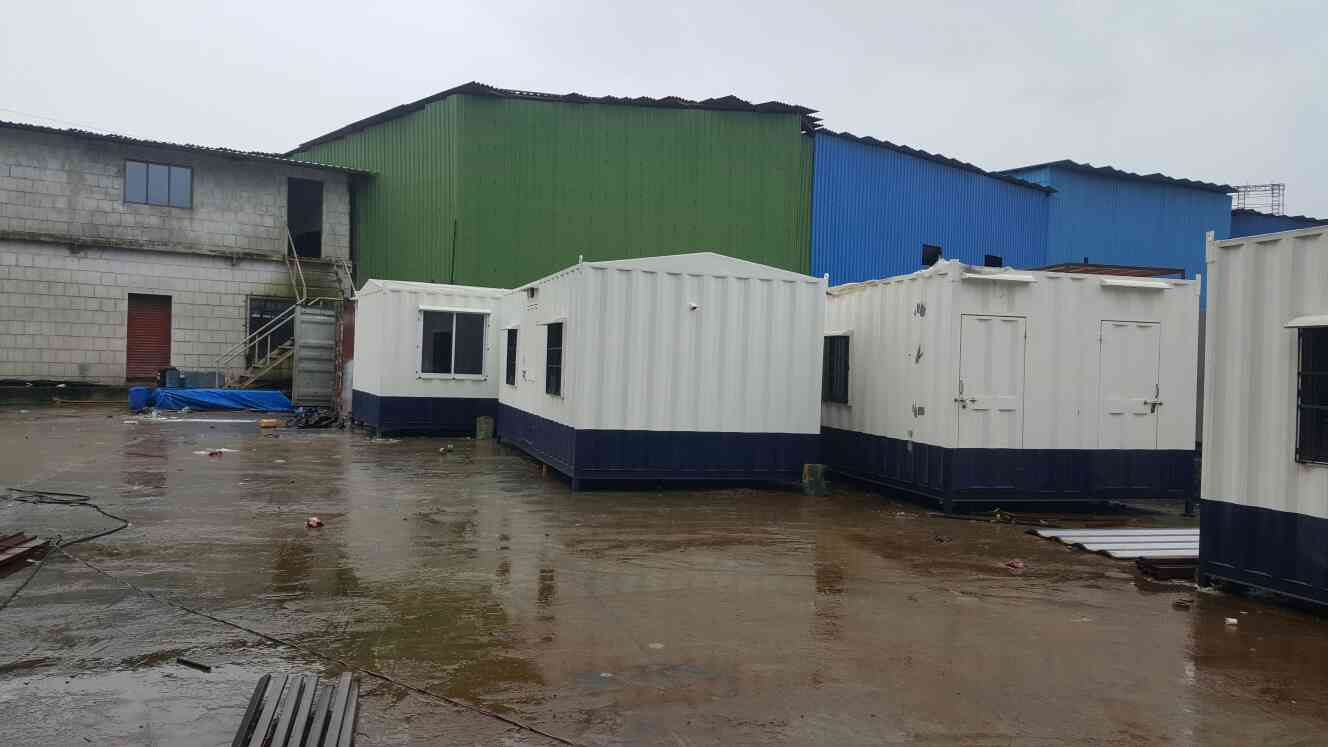 We are Leading Manufacturer of Portable Cabins in Thane.