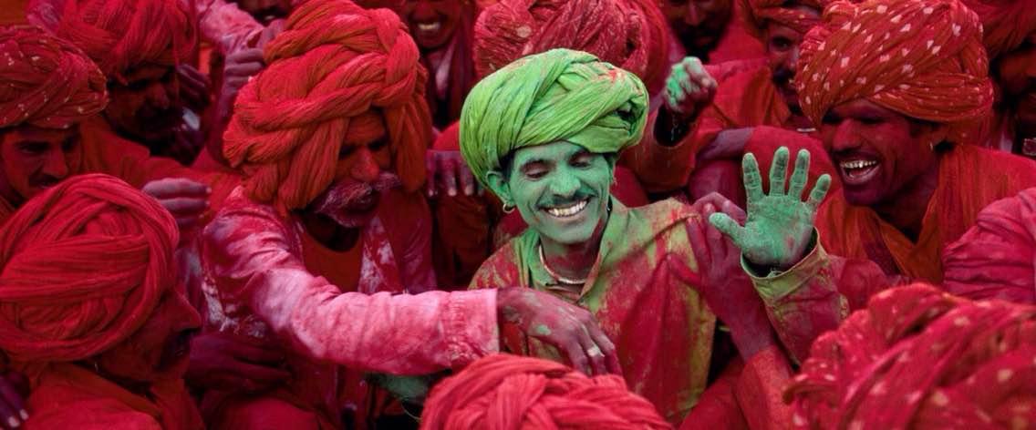 L'Inde pays des fêtes et des couleurs.  Visitez par PASSION INDIA TOURS AND TRAVELS. http://www.passionindiatours.com, http://www.passionindiatours.fr