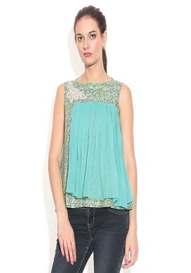 Girls Green Printed Cotton Top ✓Brand : Remanika ✓Size : M ✓ Fabric : Cotton ✓ Colour : Green ✓ Length  : Waist Length ✓ Neck : Round Neck ✓ Sleeves  : Sleeveless ✓Disclaimer : Product color may slightly vary due to photographic lighting sources or your monitor settings