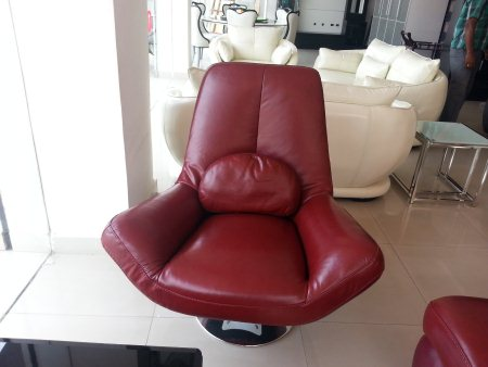 leather chair  - by WoodX Furniture, Hyderabad