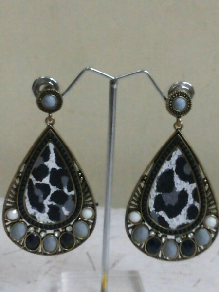 zebra print earing for just 280rs - by Stylo...ooh, Bangalore Urban