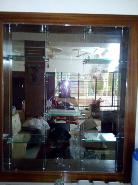 Wire rope Glass fittings with shelves - by Badshah Fabrication, Bhopal