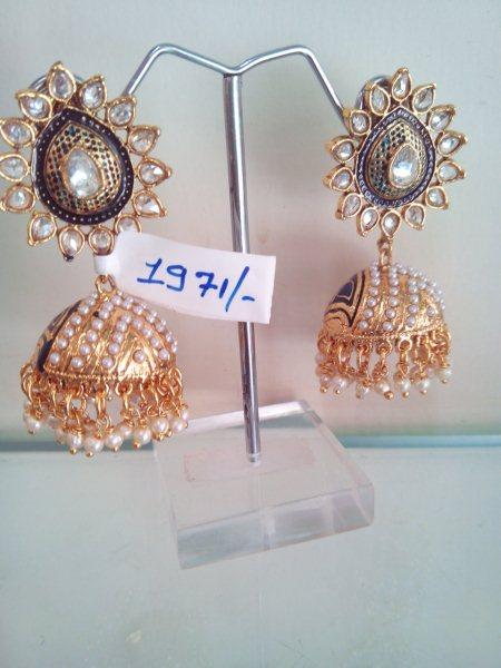 Antique earings - by Suryam  designer jewellery, Ahmedabad