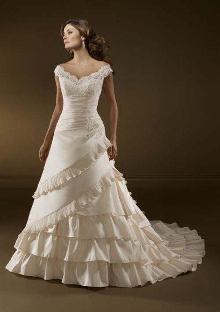 WEDDING GOWN - by sparkles bridal wear, Bangalore Urban