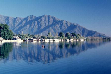 exciting kashmir package from delhi - by VGIVE HOLIDAYS, Delhi