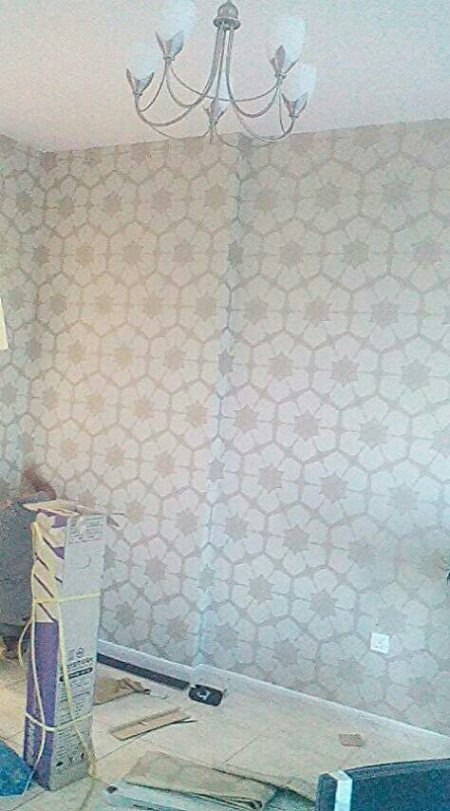 We are specialist in all kinds of wallpaper fixing and removing service in Dubai we are skilled an professional in all types of wall.covering  - by Wallpaper Fixer, Dubai