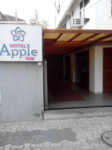 No 1 best facility hotel in paldi ahmedabad. Very reasonable rate. - by Hotelappleinn,