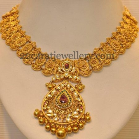 We Abhushan Gold Palace deals with amazing designs in gold and we have introduced new designs. - by Abhushan Gold Palace , Mysore