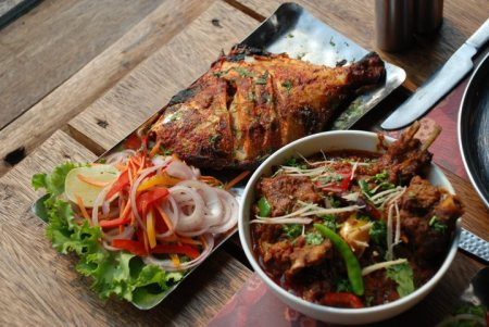 Home Delivery Restaurants in Gurgaon - by MOETS Curry Pot, Mewat