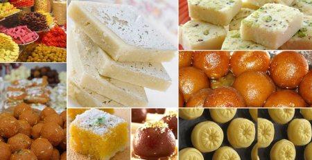 Lots of varieties of sweets available here  Uttam nagar, Dwarka mor, New Delhi - by Shri Murli Wala, Delhi
