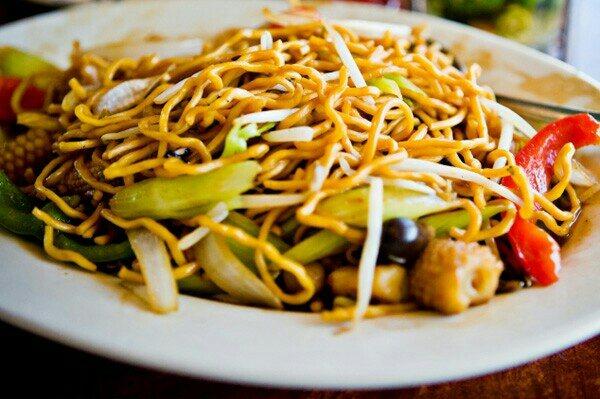 truptis special veg sezwan noodles ..... - by Trupti Caterers, Aurangabad