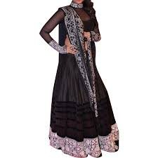 We have wide range in lehnga, wedding lehnga, designer lehnga in Indore - by Pretty Women Boutique, Indore