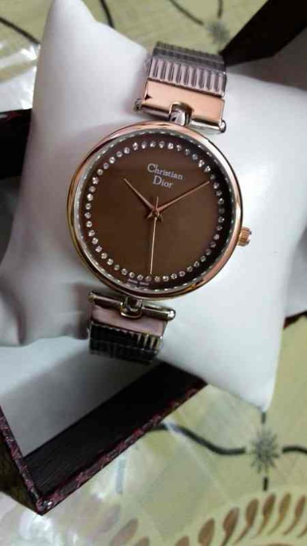 christion dior watch for girls   contact for price:- +91-9654571571 - by Classic Eyewear, Delhi