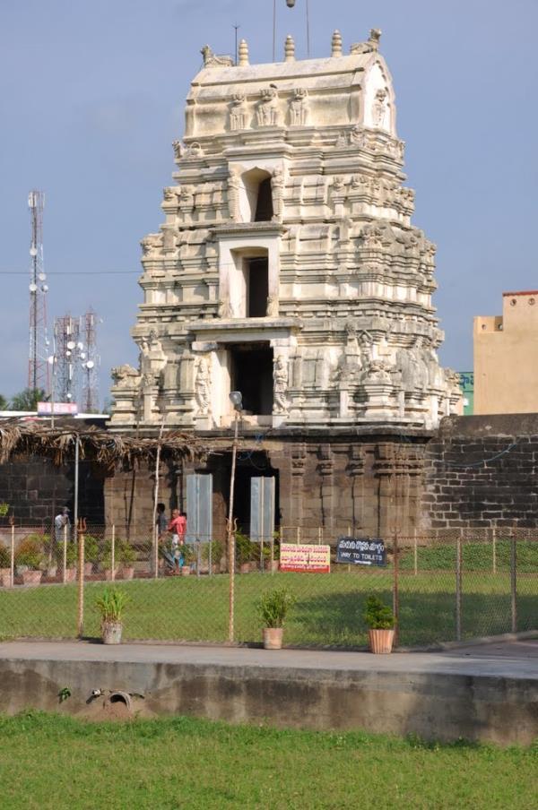 Draksharamam.. Draksharamam is one of the Pancharamas and one of the Shakthipeethas. It is famous as both Shiva Kshetra and Shakthi Kshetra. Lord Bheemeswara swamy and Manikyamba mata are main the deities here. This place is also called as  - by Dindi-The Godavari, Malkipuram