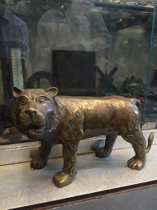 An 19th century. Bronze Tiger from Mysore For sale .   - by Astrolab and antiques, Mumbai Suburban