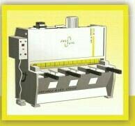 ANASUYA Hydraulic shearing machine  - by Bhagwati Engineers, Rajkot