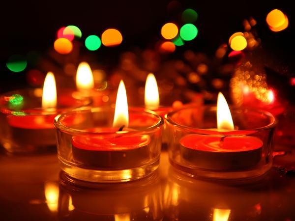 http://blog.noahinteriors.com/8-ways-to-go-eco-friendly-this-diwali/ - by Noah Interiors, Bengaluru