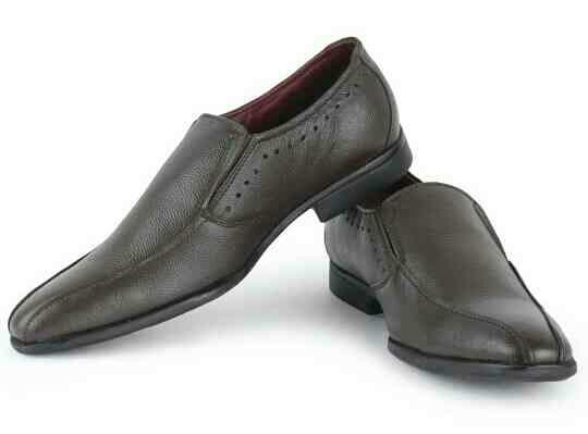Red chief brown formal shoes for men. comfort with style. last few left hurry up.  MRP 2395/-  Offer price 1999/- free shipping all over india.  - by Mega reductions, New Delhi