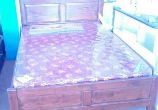 total solid wood bed in hosur main road  - by Sarah Furniture , Bangalore