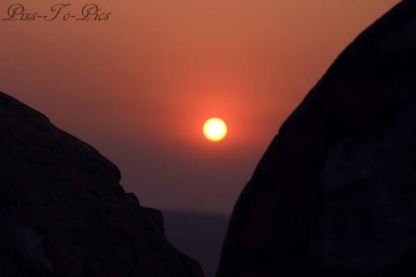 The breeze at dawn has secrets to tell you.  Don't go back to sleep!! - by Pixs To Pics, Jaipur