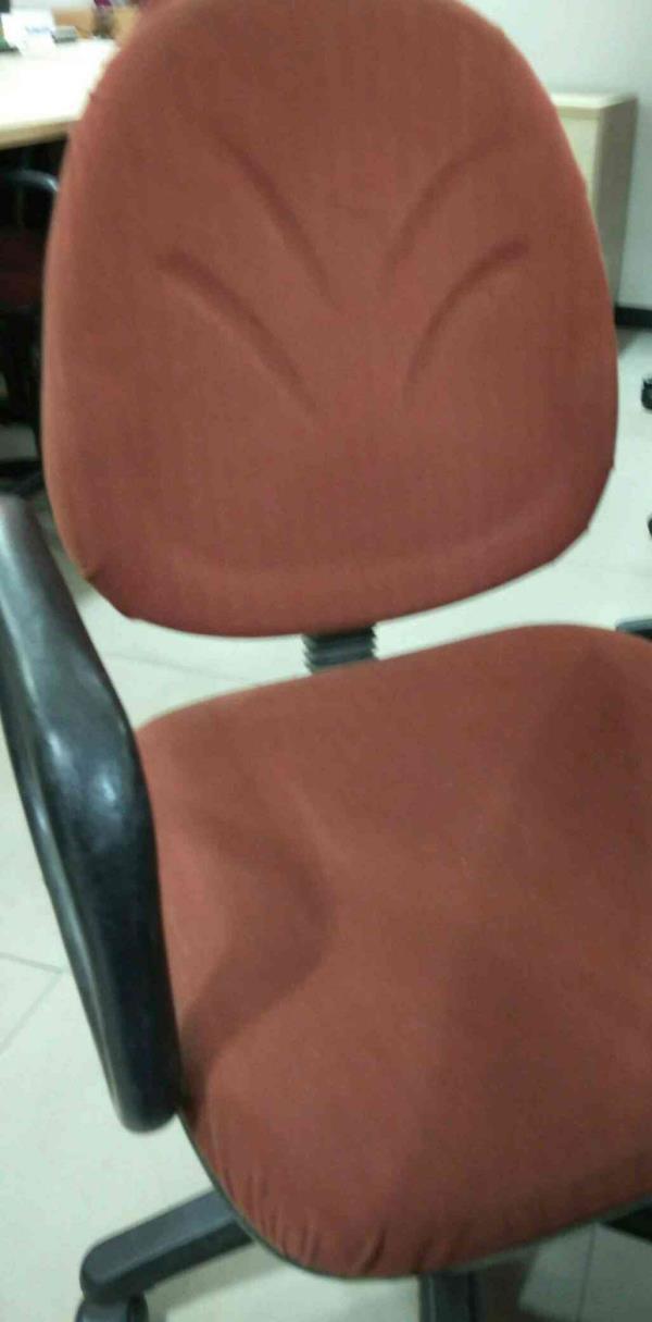 Nice chair  - by Testbbm, Mumbai