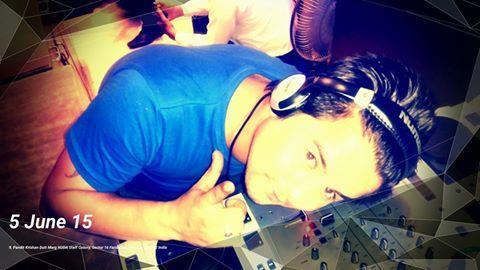its me - by djmahi, faridabad
