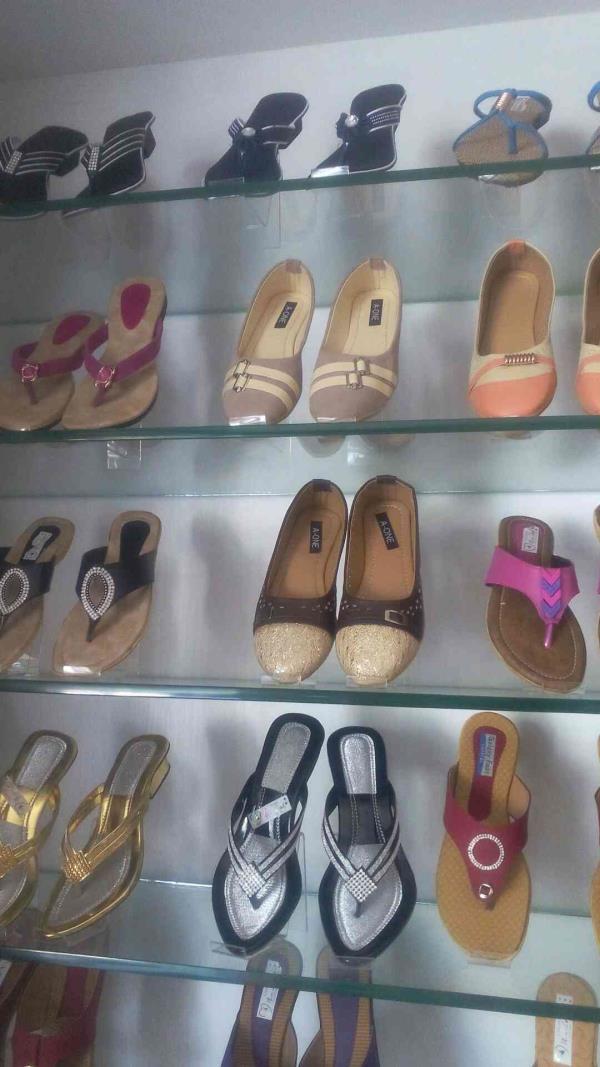 Walkers for ladies - by Abi Priyaa's 9629728680, Dindigul
