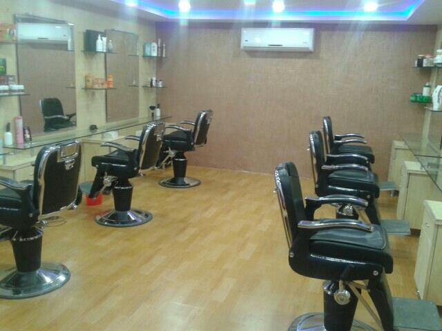 spa& saloon - by New Awesome, Hyderabad
