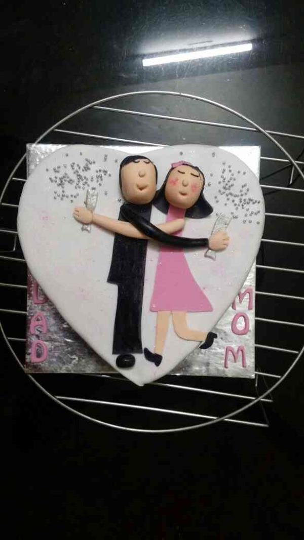 anniversary fondant cake - by Akki Cups And Cakes, Ahmedabad