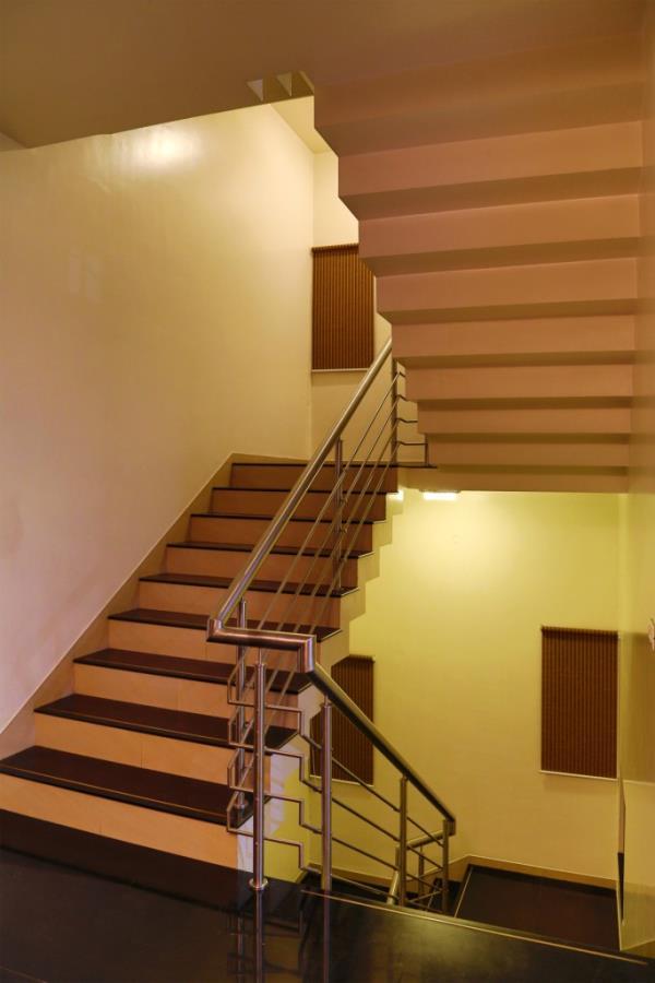 well design interiors - by Hotel The Leaf, Aurangabad