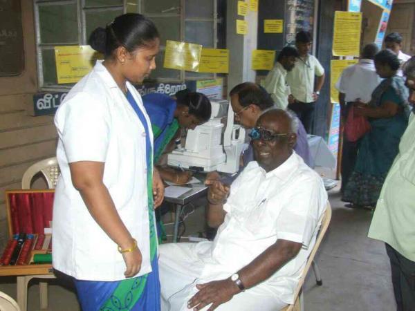 subjective refraction - by AG Eye Hospital, Madurai