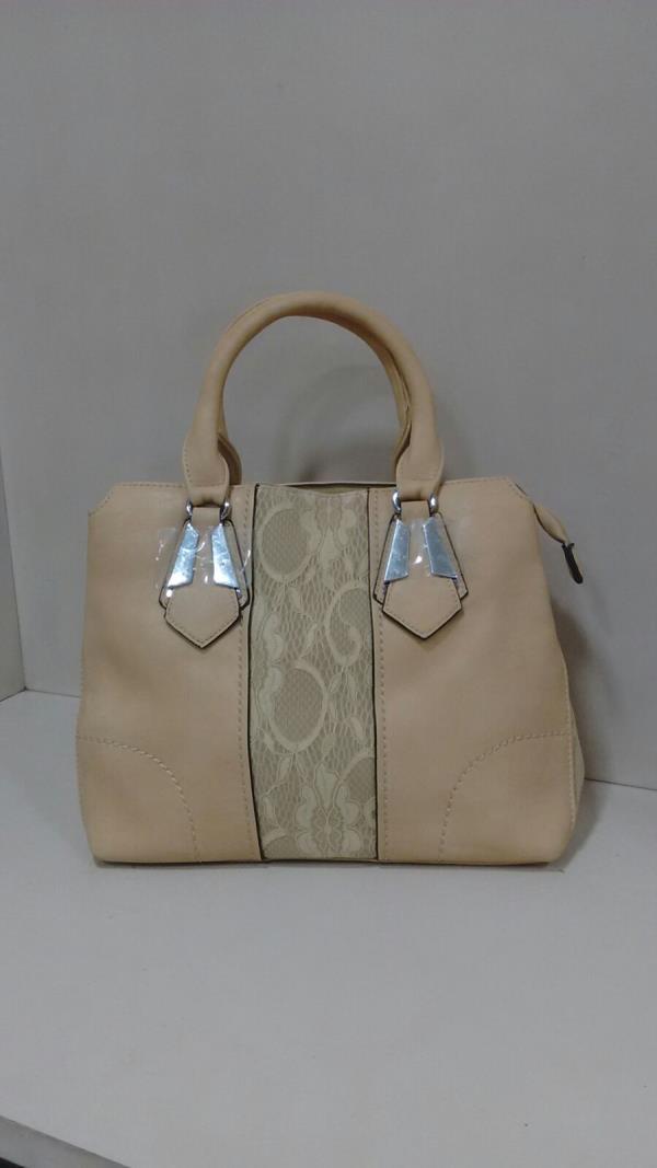 Cream colour Ladies Bag - by Mumbai Ladies Bags, Mumbai