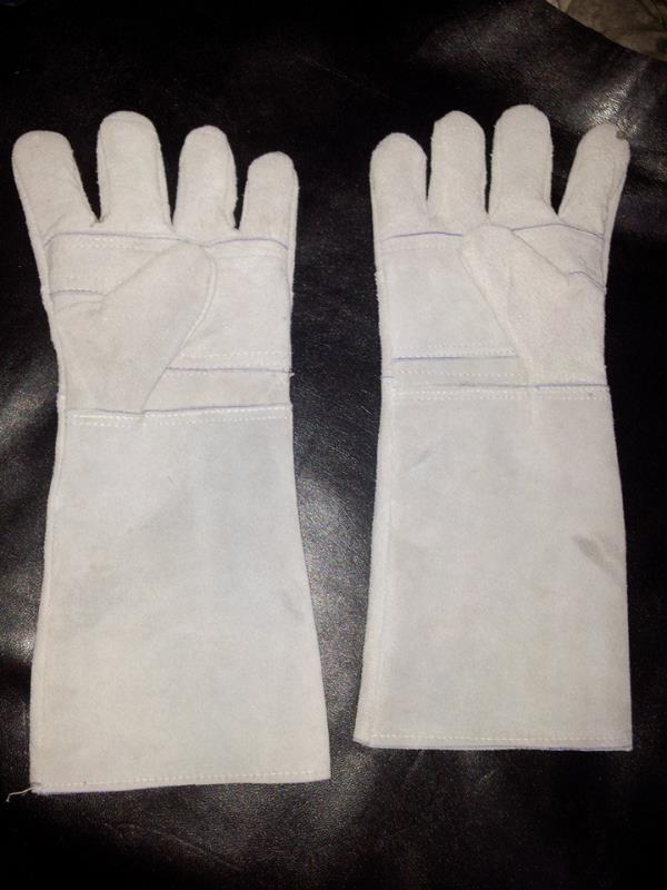 Industrial Leather Safety Glove - by FARHAN EXPORTS, AMBUR,TAMILNADU