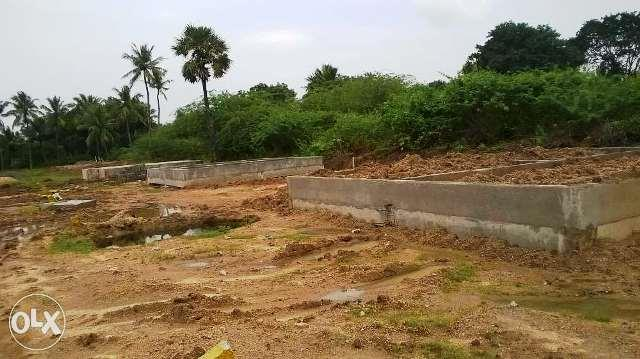Residencial Plot Plot for sale at muppaduvetti Arcot near FROM plot to Arcot 3 Km 3.5 Km Chennai Bangalore highway Government school near to plot bus stop is near to plot 1200 sq ft one plot per sq ft 125/- Rs only . House construction were - by Real estate, Vellore
