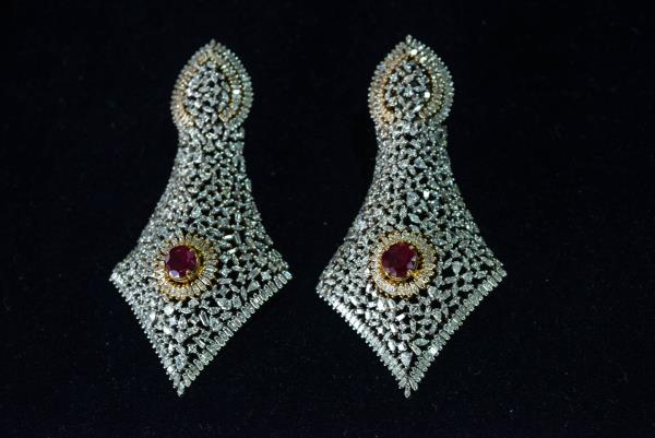 Exclusive Bridal Jewellery in Diamonds in Indore.... - by Kumat Jewelz, Indore
