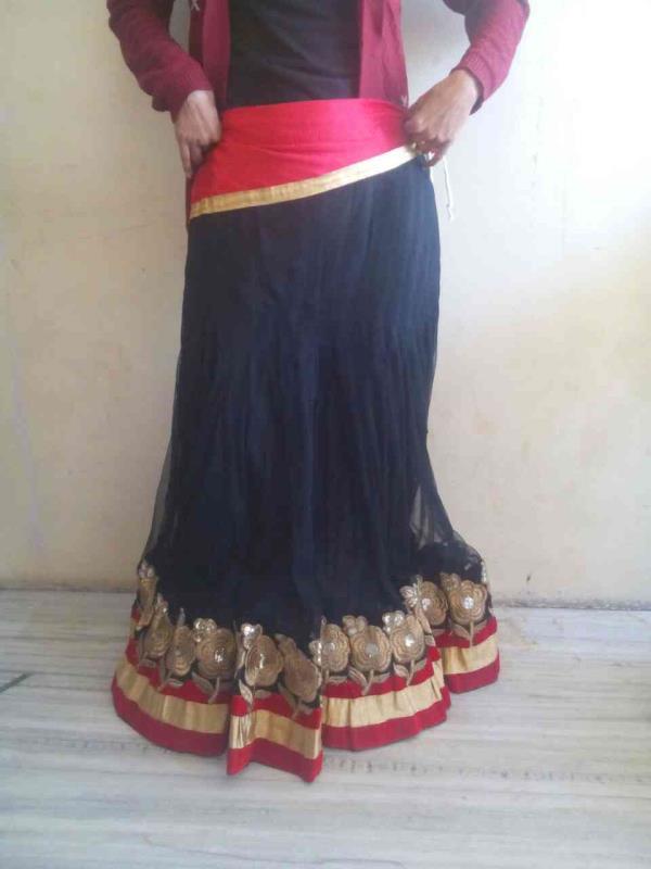 Nice lahga in good prize - by Shivam Drama Dressess, Ajmer