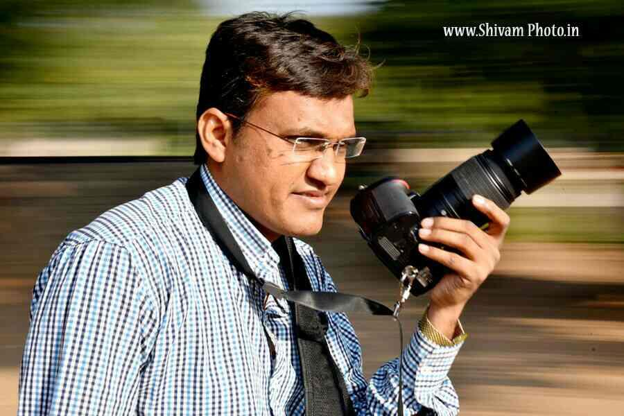 we are best in wedding shoot in Ahmedabad because we have expert photographers who got a more than 12 years of experience in this field. - by Shivam Photo, Ahmedabad