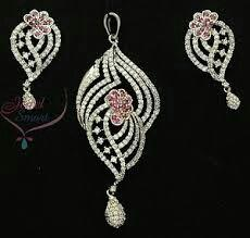 diamond ear rings with pendant - by Shri Narayana Pearls And Jewellery, Hyderabad