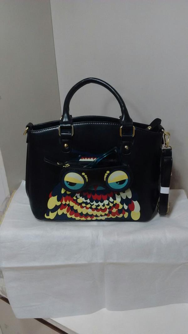 Ladies Desginer Bag In Black Colour, Funky look for Fashion Statement, you can use this Bag in Sling Style. - by Mumbai Ladies Bags, Mumbai