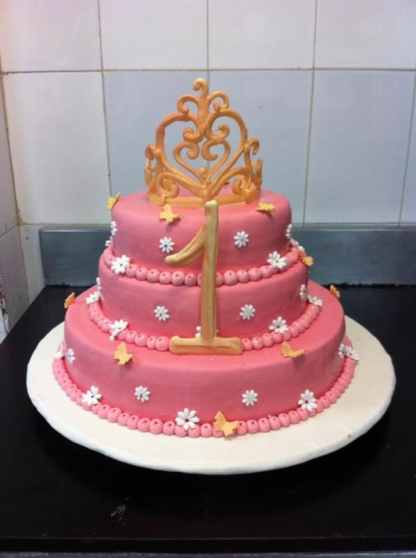 I present my baby pink cake. Got little time for myself and here it is. - by Chef Sonam Tsering, New Delhi