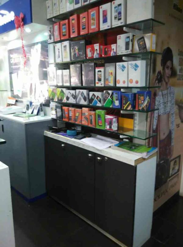we are provider all type mobile accessories  we are provide all type mobile service in my shop call : 9998877665 - by Maxtech Ahmedabad, Ahmedabad